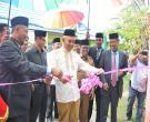 Gubri H Arsyadjuliandi Rachman Meninjau Pameran Dan Bazar Apel Tahunan Pondok Pesantren Nurul Hidayah Di Pasiran Kec Bantan Kab Bengkalis