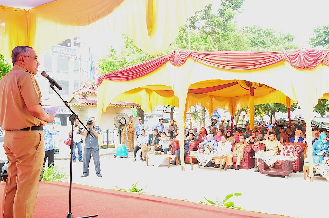 Plt.Gubri Menghadiri Acara Pencanangan Program Nasional ...