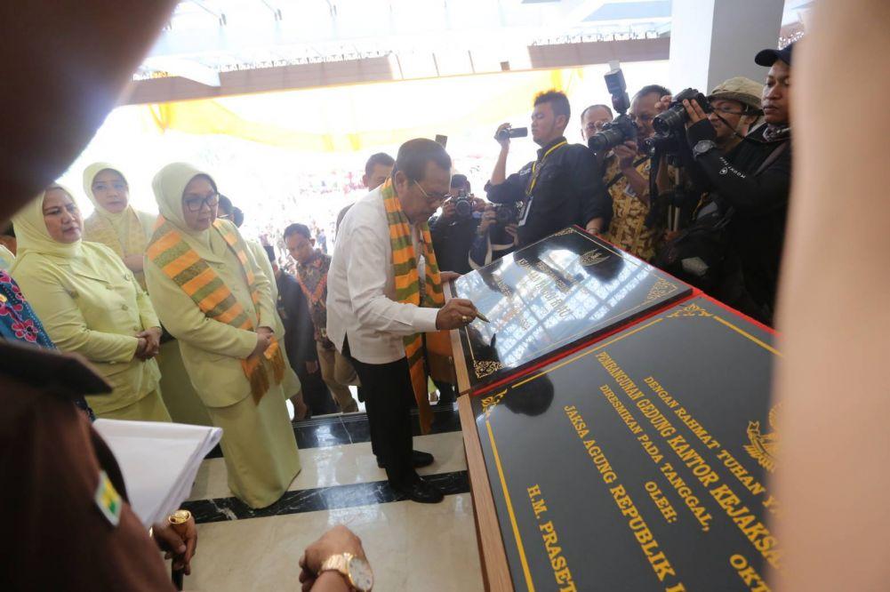 Jaksa Agung RI Resmikan Gedung Kejati Riau