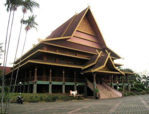 Sekdaprov Riau Bangun Sinergitas Dengan Direksi ...