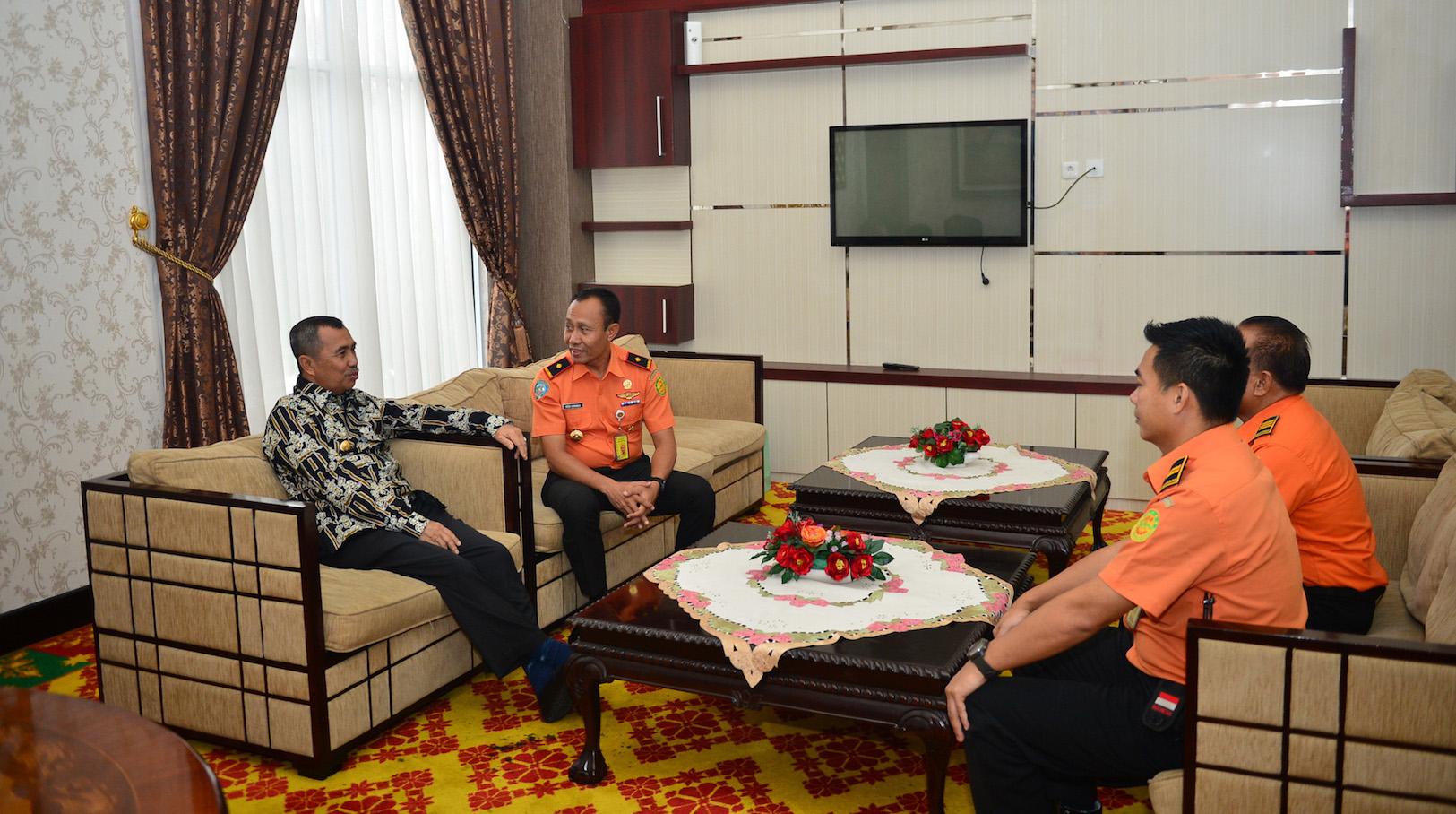 Pertemuan BASARNAS Dengan Gubernur Riau H. Syamsuar Di Vip Lancang Kuning